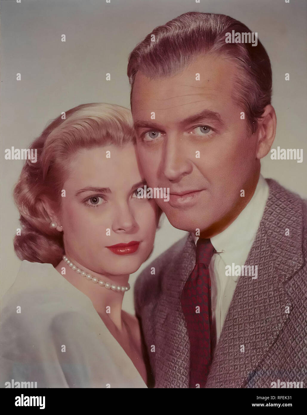 Original film title: REAR WINDOW. English title: REAR WINDOW. Year: 1954. Director: ALFRED HITCHCOCK. Stars: JAMES STEWART; GRACE KELLY. Credit: PARAMOUNT PICTURES / Album - Stock Image