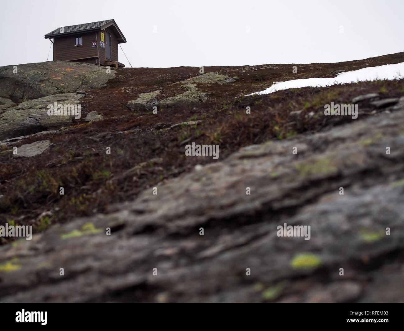 Rescue cabin on the mountain way to the Trolltunga, Norway - Stock Image