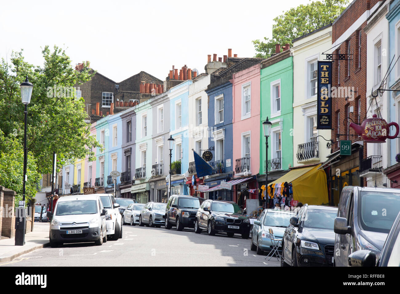 Antique shops, Portobello Road, Notting Hill, Royal Borough of Kensington and Chelsea, Greater London, England, United Kingdom - Stock Image