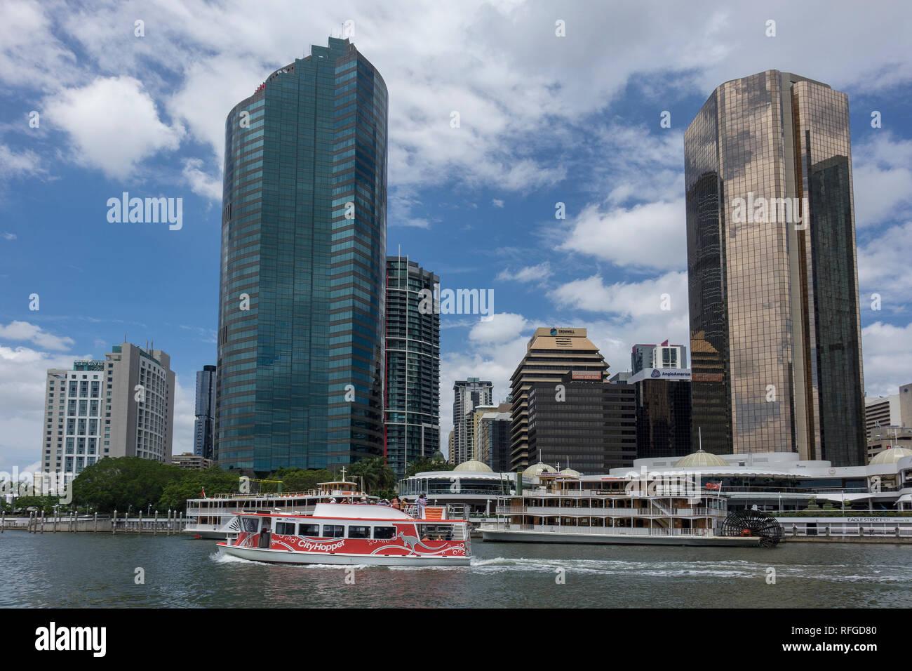 Australia, Queensland, Brisbane, skyline at Eagle street pier - Stock Image