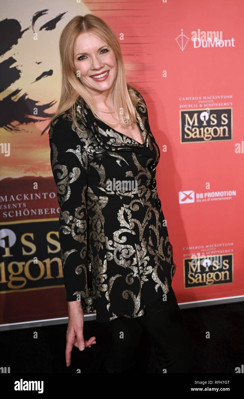 25 January 2019, North Rhine-Westphalia, Köln: The presenter Antonia Langsdorf comes to the German premiere of the new production of the musical 'Miss Saigon'. The piece can still be seen in Cologne until 3 March. Photo: Henning Kaiser/dpa - Stock Image