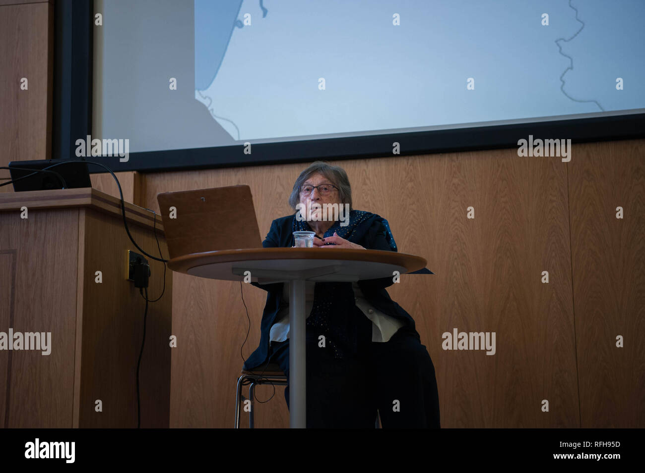 Bristol, UK. 25th Jan 2019. Iby Knill, holocaust survivor (95 years old) speaking in Bristol, United Kingdom at Holocaust Memorial Day Commemoration, Friday 25 January 2019. Credit: Veronika Merkova/Alamy Live News - Stock Image