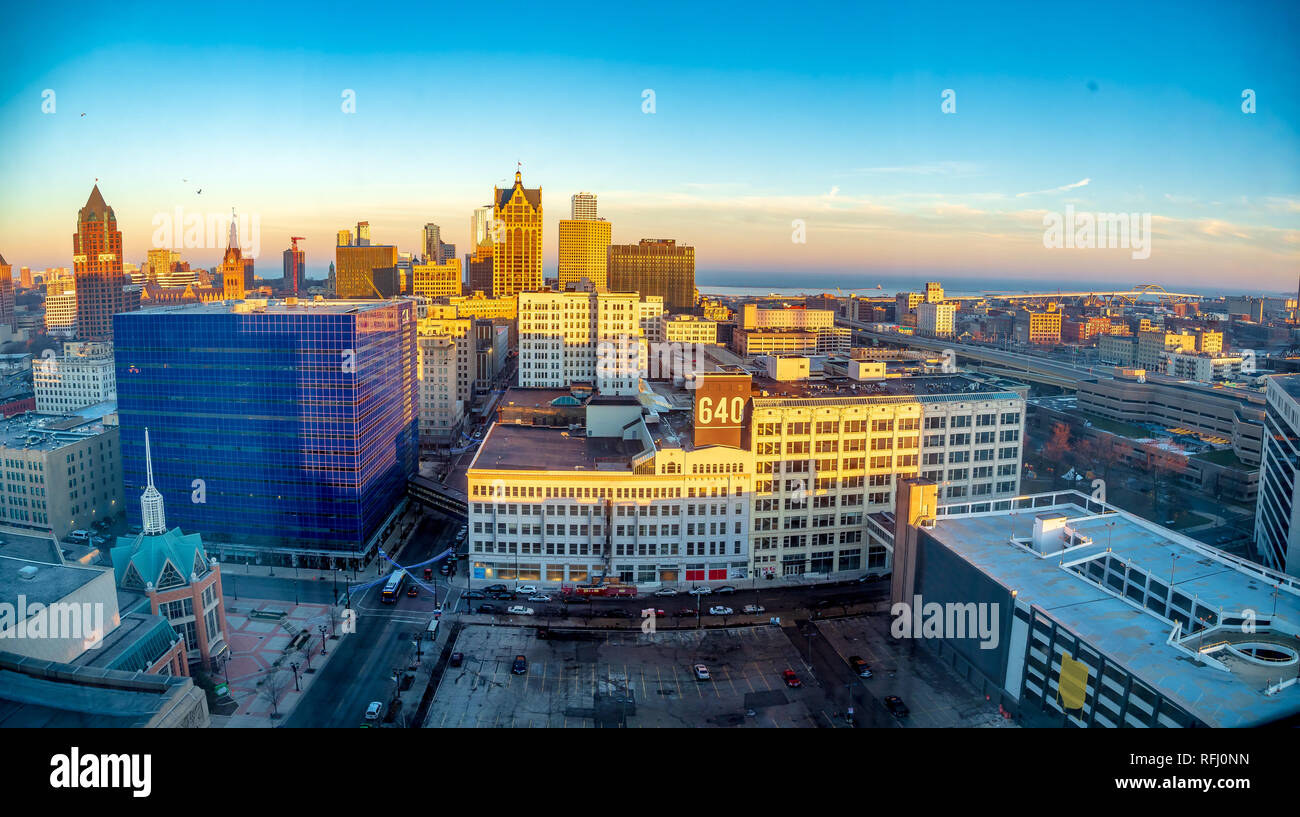 Panoramic view from on high above Milwaulkee looking towards Lake Michigan - Stock Image