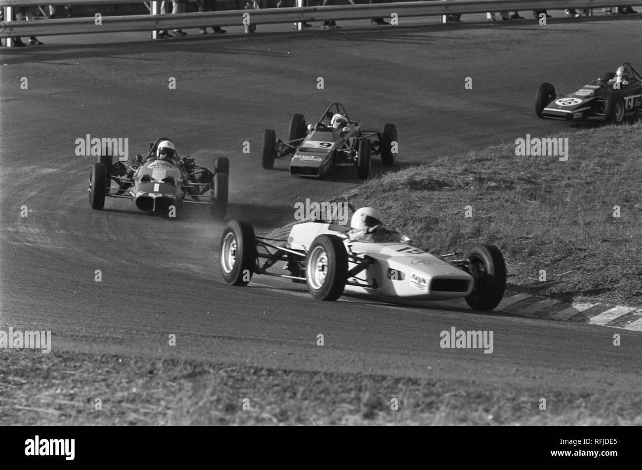 Autoraces op Zandvoort, Paasraces Formule Ford races., Bestanddeelnr 923-3926. - Stock Image