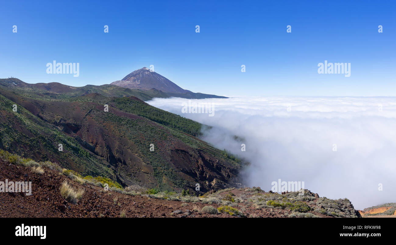 Cloud cover over the Orotava Valley in the national park Tenerife with Teide - Stock Image