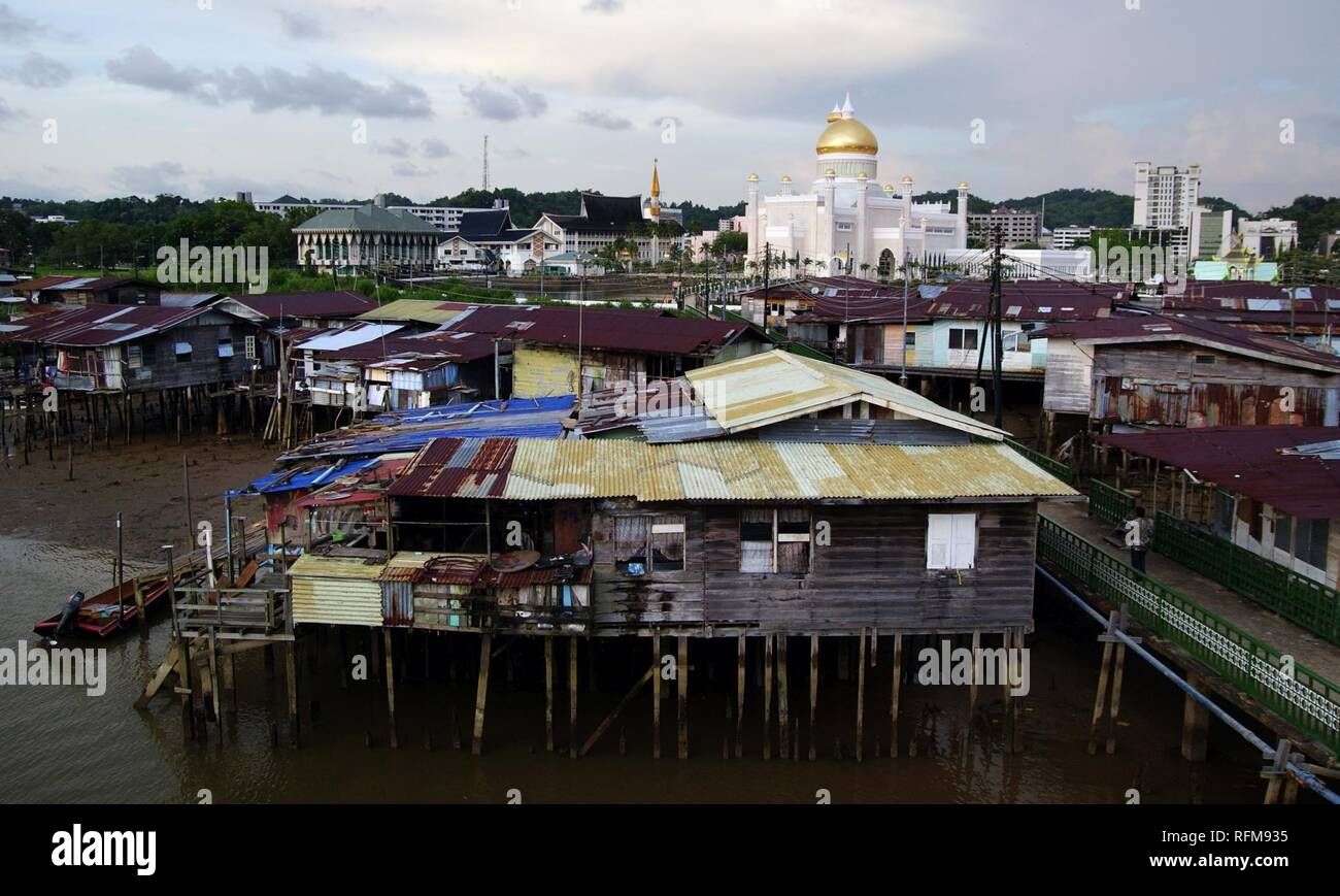 Bandar Seri Begawan water village (8112159906). - Stock Image