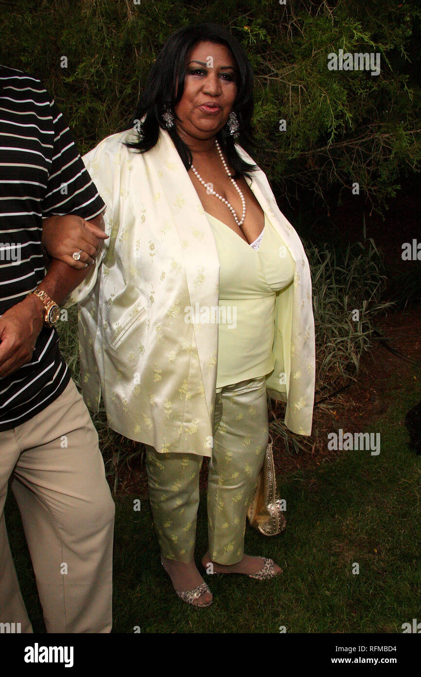 East Hampton, USA. 19 Jul, 2008. Aretha Franklin at The Saturday, Jul 19, 2008 Russell Simmons' 9th Annual Art for Life East Hampton 2008 benefit gala  at Russell Simmons' East Hampton Estate in New York, USA. Credit: Steve Mack/S.D. Mack Pictures/Alamy Stock Photo