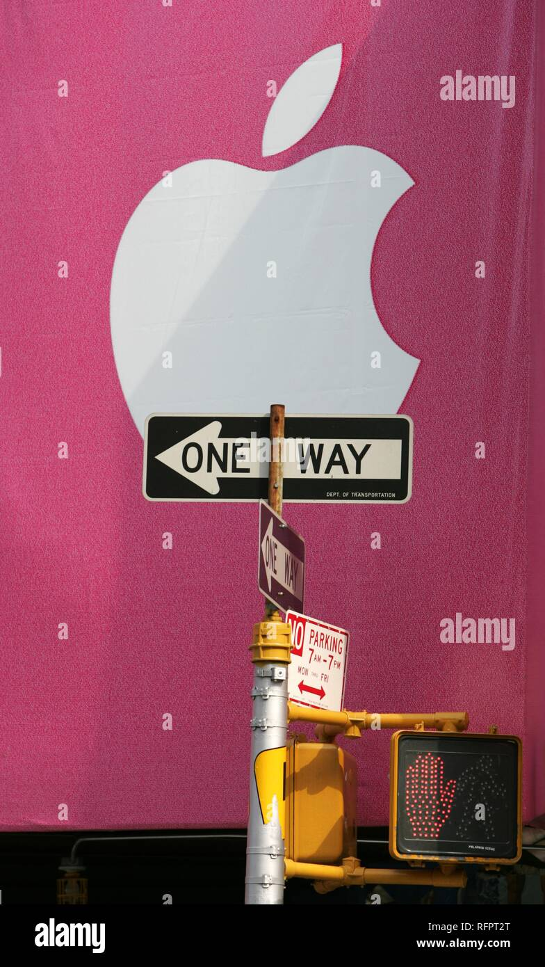 USA, United States of America, New York City: City wide advertising for MP3 Apple iPod player, billboards. Stock Photo