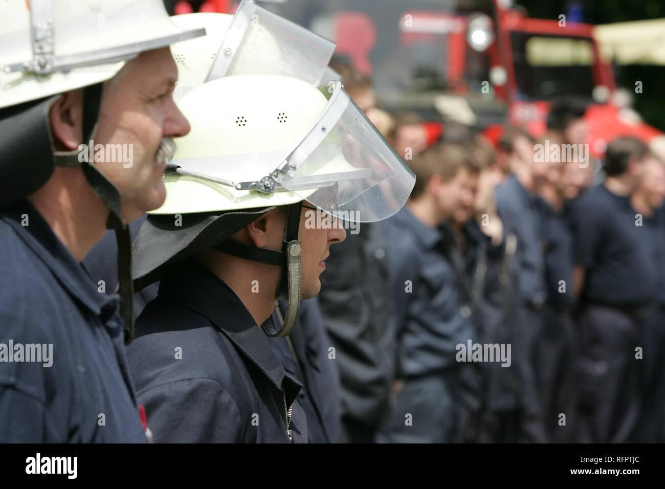DEU, Federal Republic of Germany, Essen: Public day, oen door at a volounteer fire brigade. - Stock Image