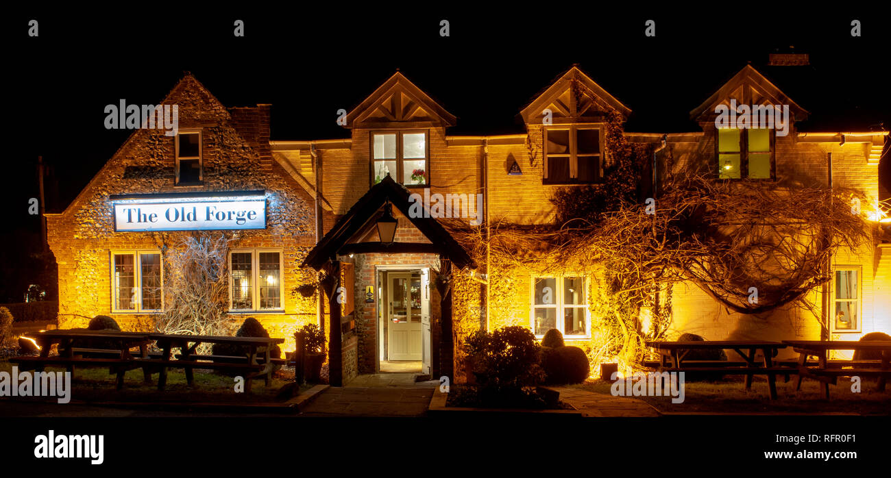 The Old Forge public house, Main Road, Otterbourne, Hampshire, England, UK - Stock Image