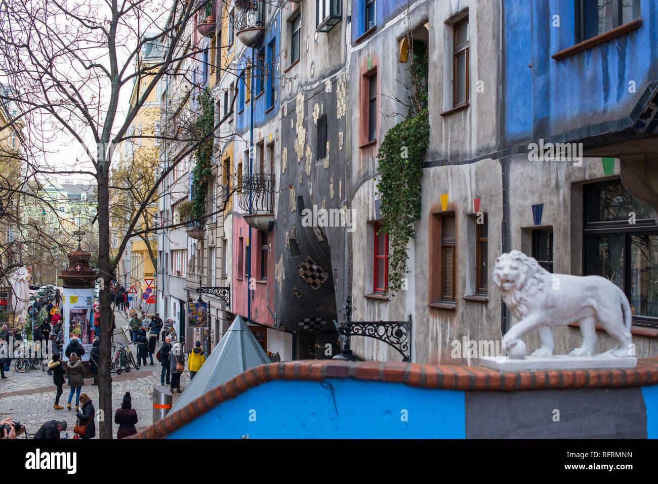 Hundertwasserhaus, expressionist landmark and public housing, designed by architect Friedenreich Hundertwasser in Vienna. Austria. - Stock Image