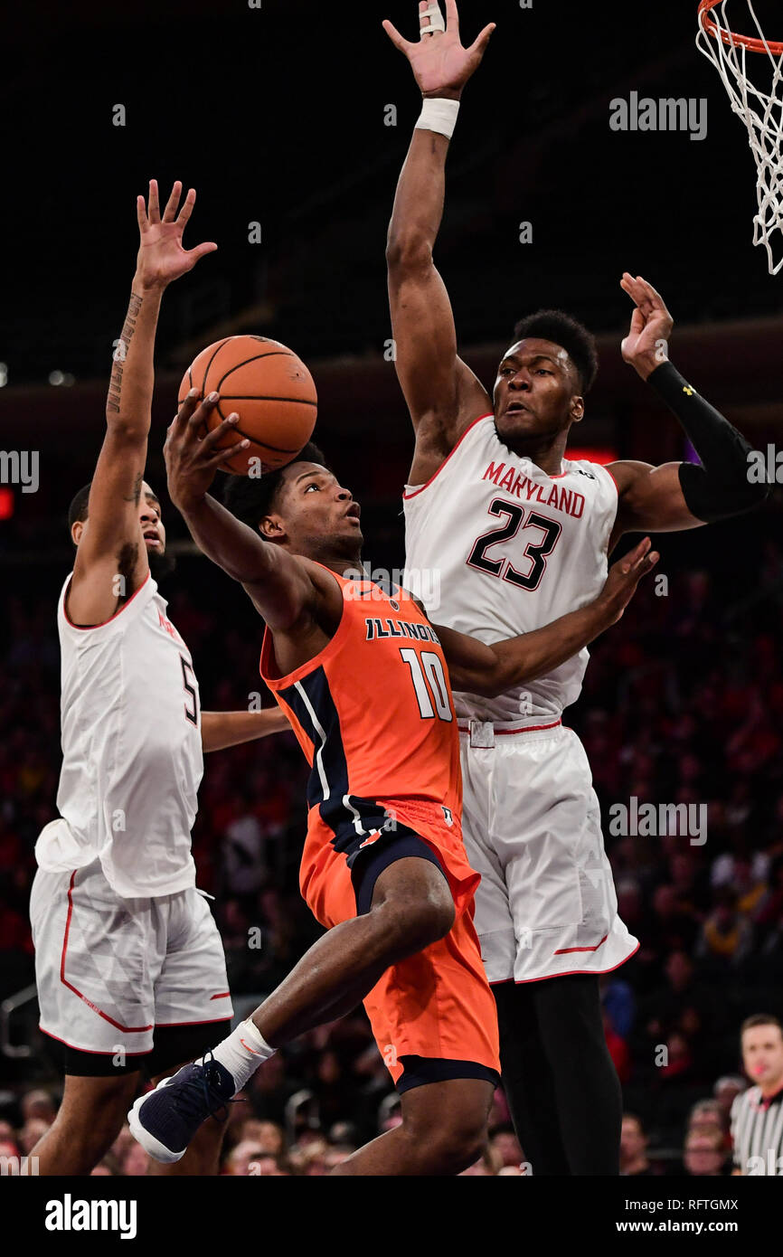 New York, New York, USA. 26th Jan, 2019. Illinois Fighting Illini guard ANDRES FELIZ (10) goes to the basket for a lay up while Maryland Terrapins forward BRUNO FERNANDO (23) attempts to block his shot during the second half at Madison Square Garden. Credit: Terrence Williams/ZUMA Wire/Alamy Live News - Stock Image