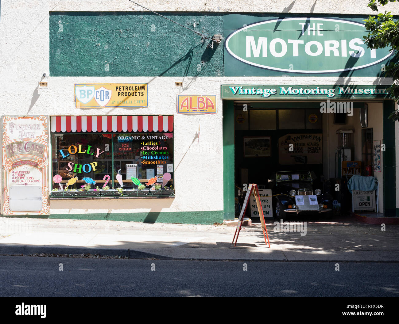 Vintage motorist museum with confectionary store, Australia Stock Photo