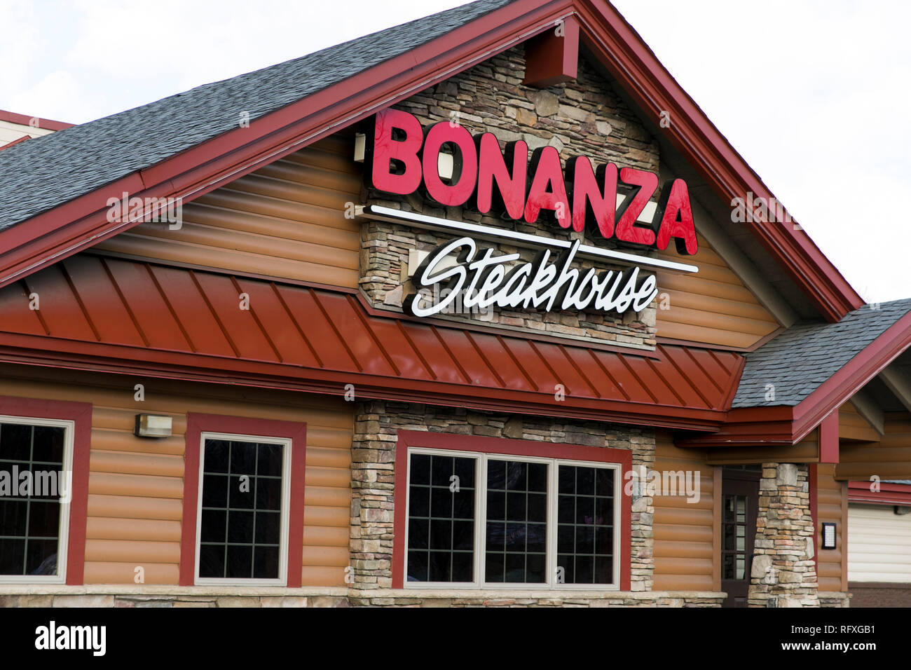 A logo sign outside of a Bonanza Steakhouse restaurant location in Chambersburg, Pennsylvania on January 25, 2019. - Stock Image