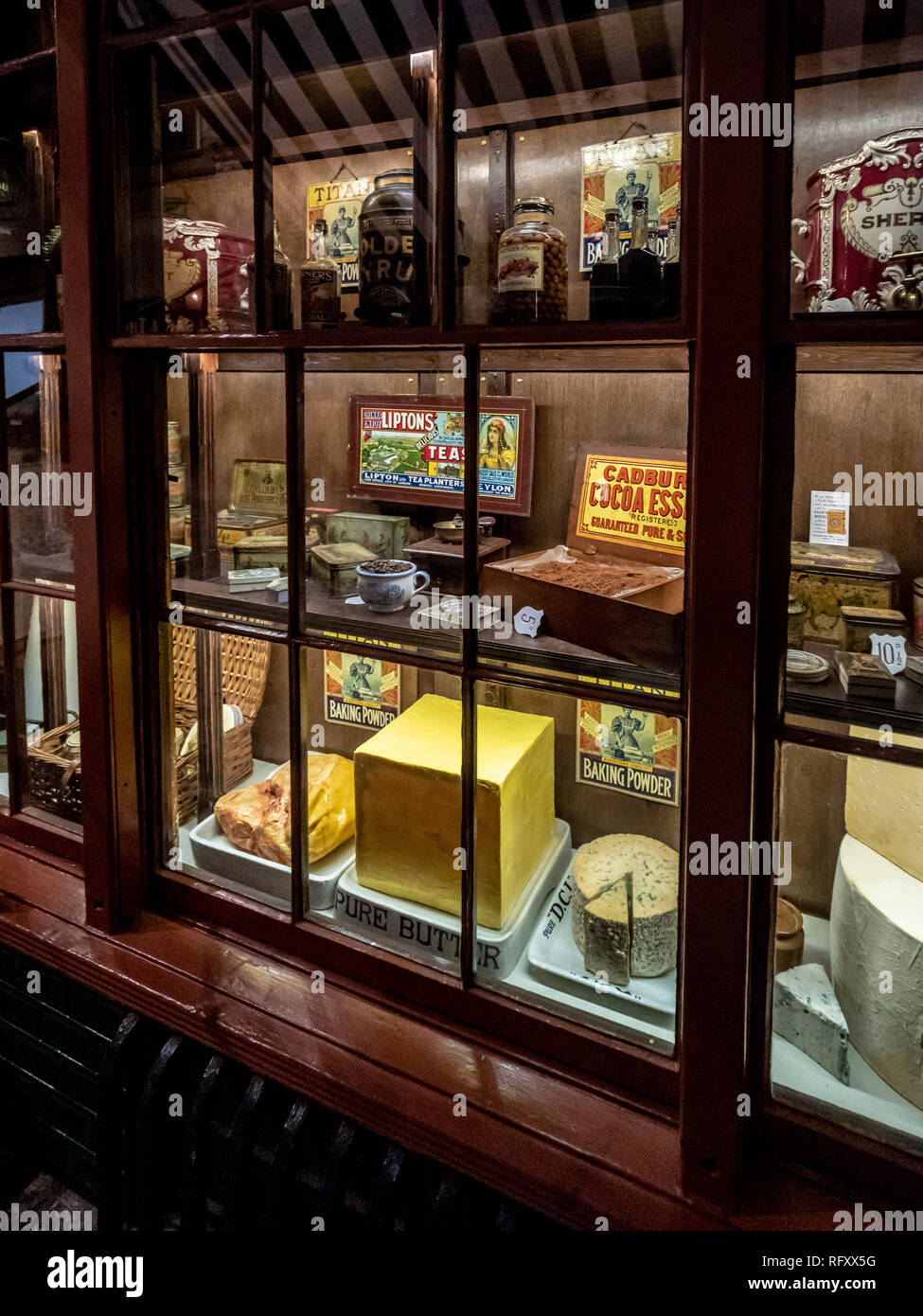 Exhibit at Castle Museum, York, UK.  Kirkgate Victorian street. Grocers shop window - Stock Image