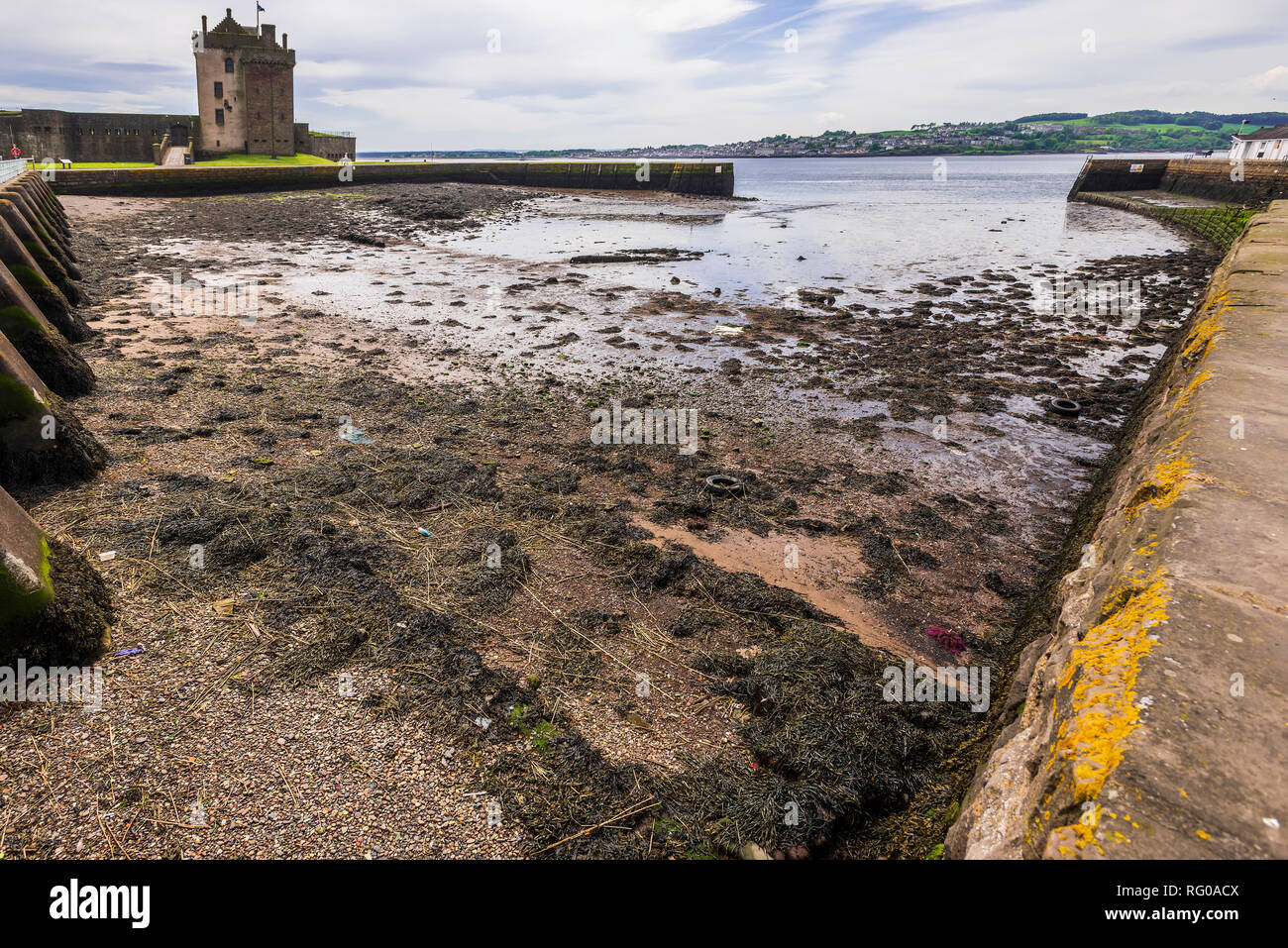 Broughty Castle and harbour - Stock Image