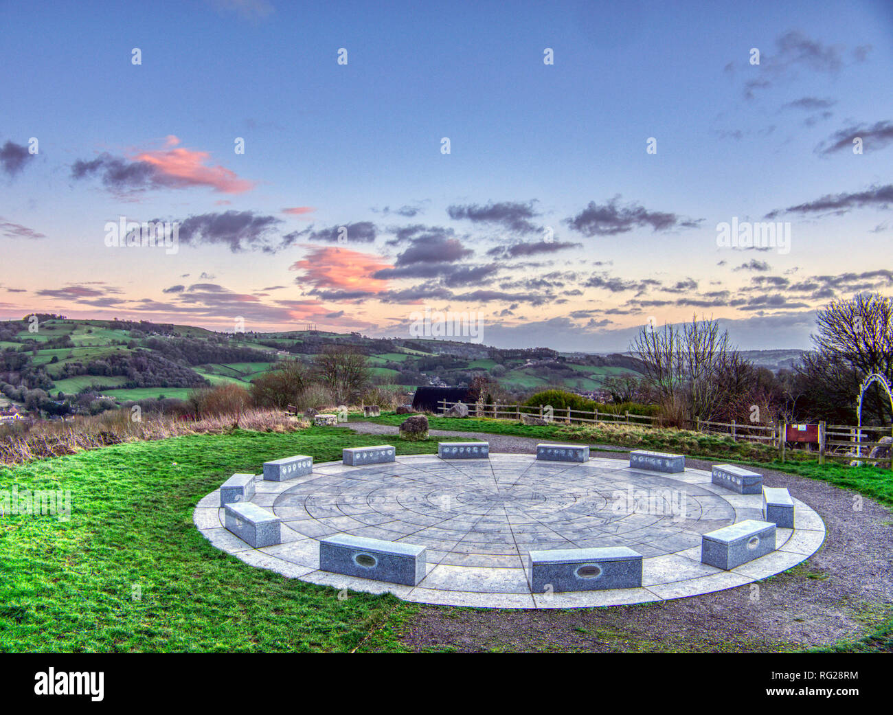 Wirksworth, Derbyshire, UK. 27th Jan, 2019. UK Weather: Skys clear as the sun sets over the StarDisc at Wirksworth before temperatures are due to drop. Wirksworth, Derbyshire Dales. Credit: Doug Blane/Alamy Live News Stock Photo