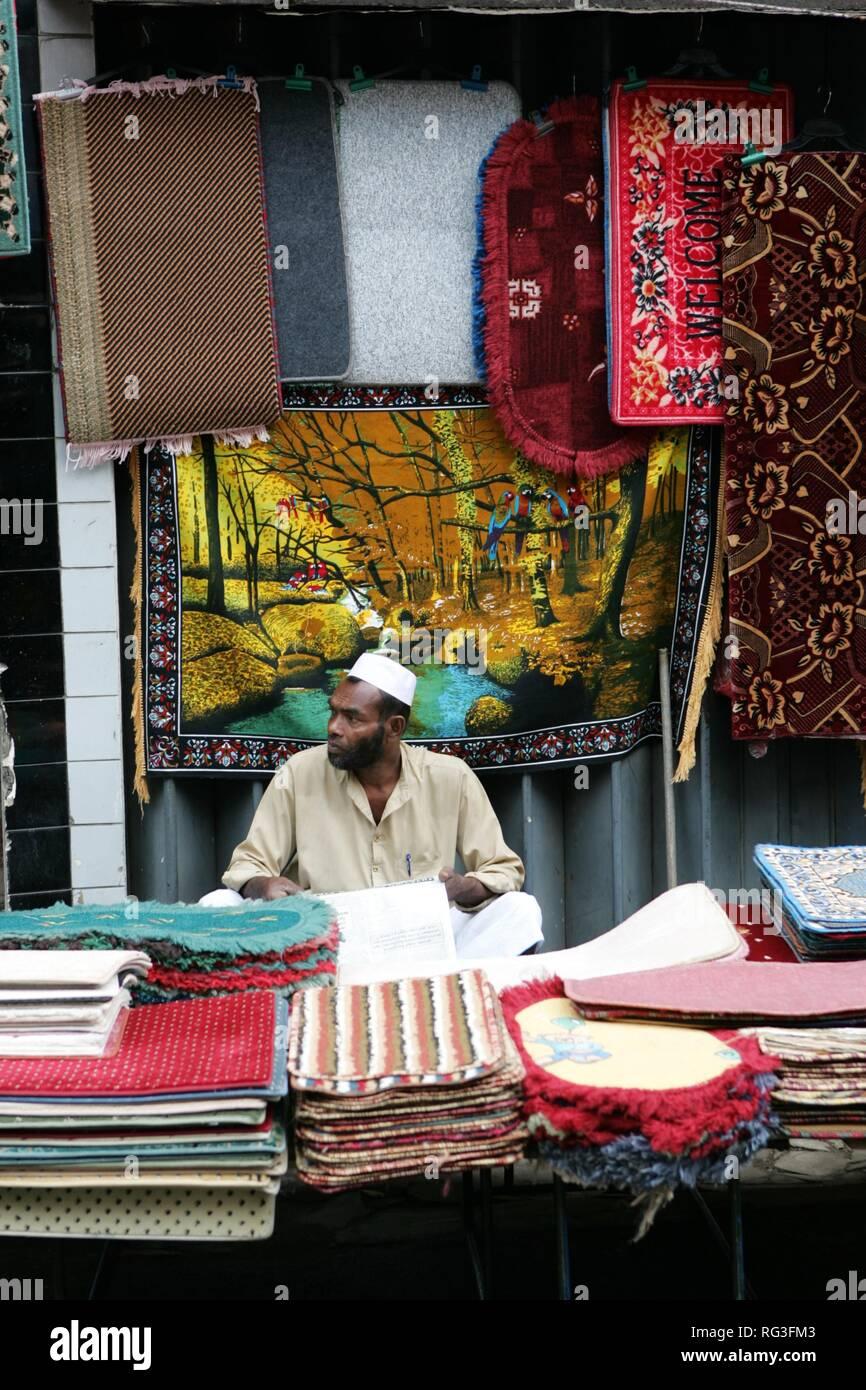 LKA, Sri Lanka : Capital Colombo. City Center, local shopping area, markets, in the Pettah district. Stock Photo