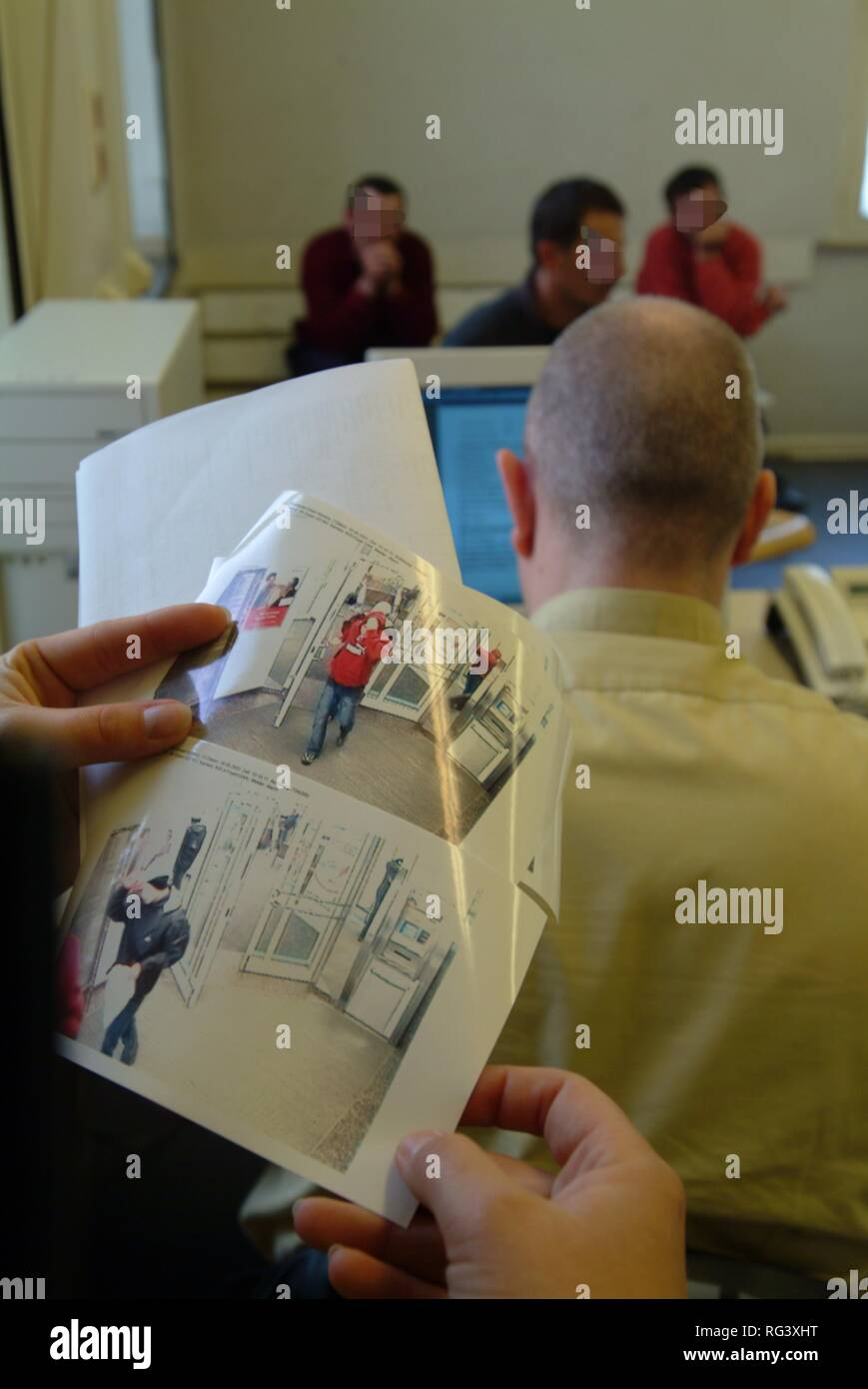 DEU, Germany, Essen: Daily police life. Officer from a city police station. - Stock Image
