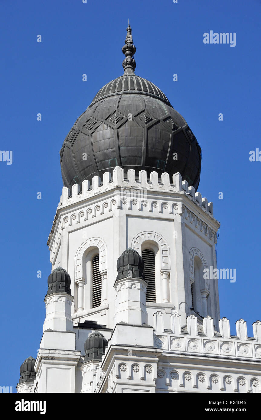 Museum of Science and Technology, Moorish style former synagogue in Kecskemet, Hungary. - Stock Image