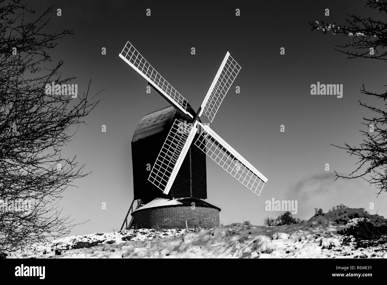 Brill Windmil, Landscape in the snow. Buckinghamshire, UK. - Stock Image