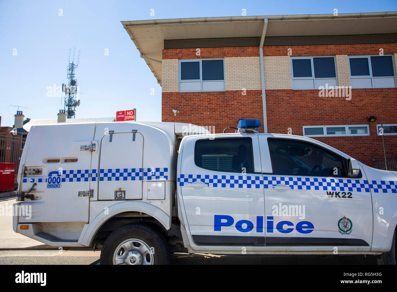 NSW Police van car parked outside Kempsey Police station,Kempsey,New South Wales,Australia - Stock Image