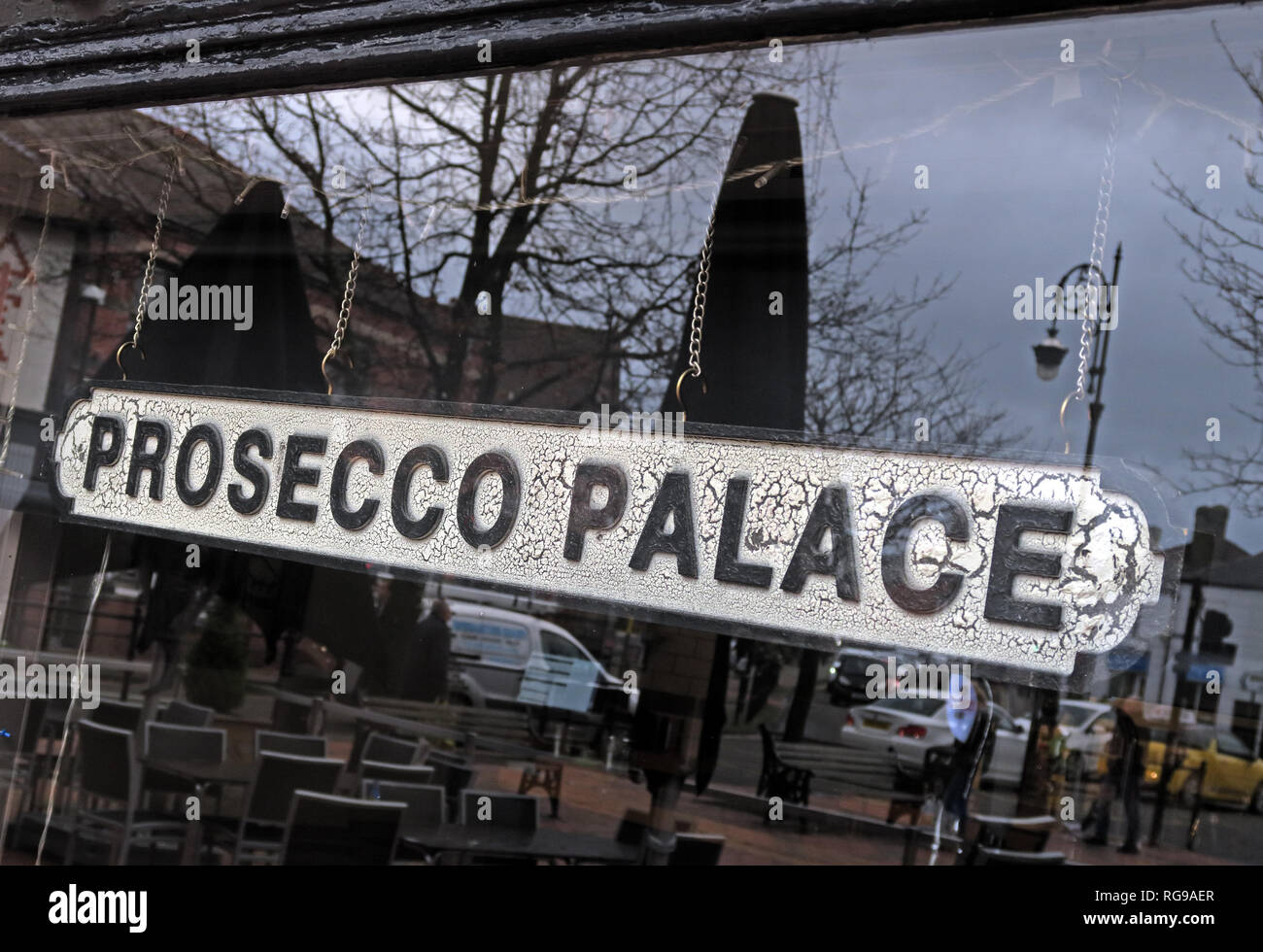 Prosecco Palace Sign in a bar window, Mulberry Tree, Stockton Heath, Warrington, Cheshire, North West England, UK, WA4 2AF - Stock Image