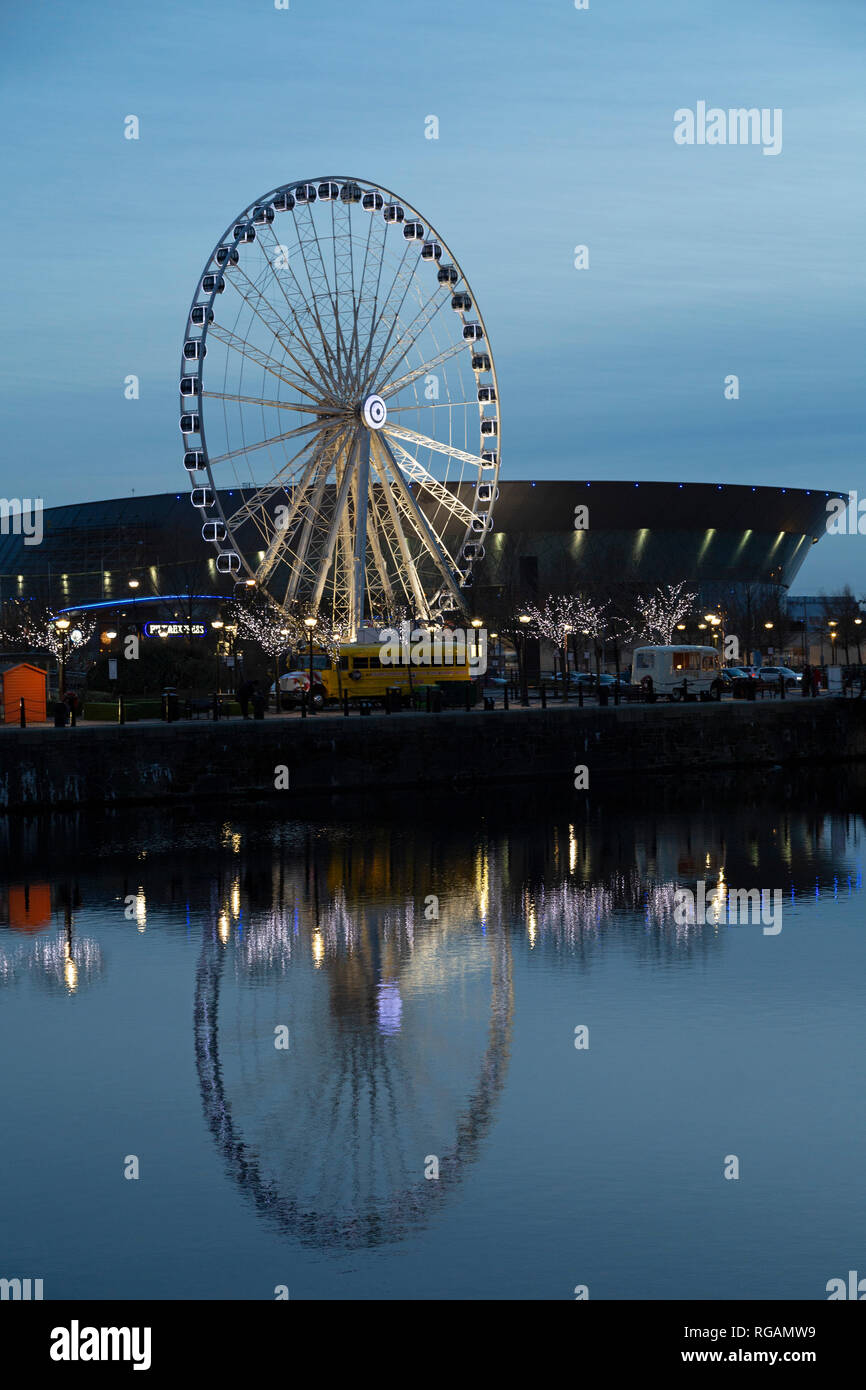 The Wheel of Liverpool at Keel Wharf in Liverpool, England. The Ferris wheel stands next to the M&S Bank Arena (formerly the Echo Arena Liverpool). - Stock Image