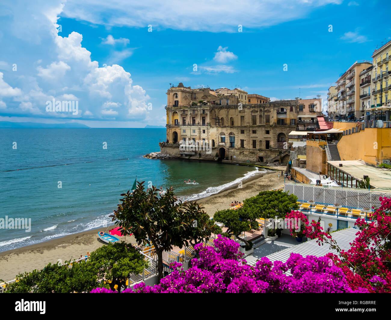 Italy, Campania, Neaples, Palazzo Donn'Anna, Gulf of Naples - Stock Image
