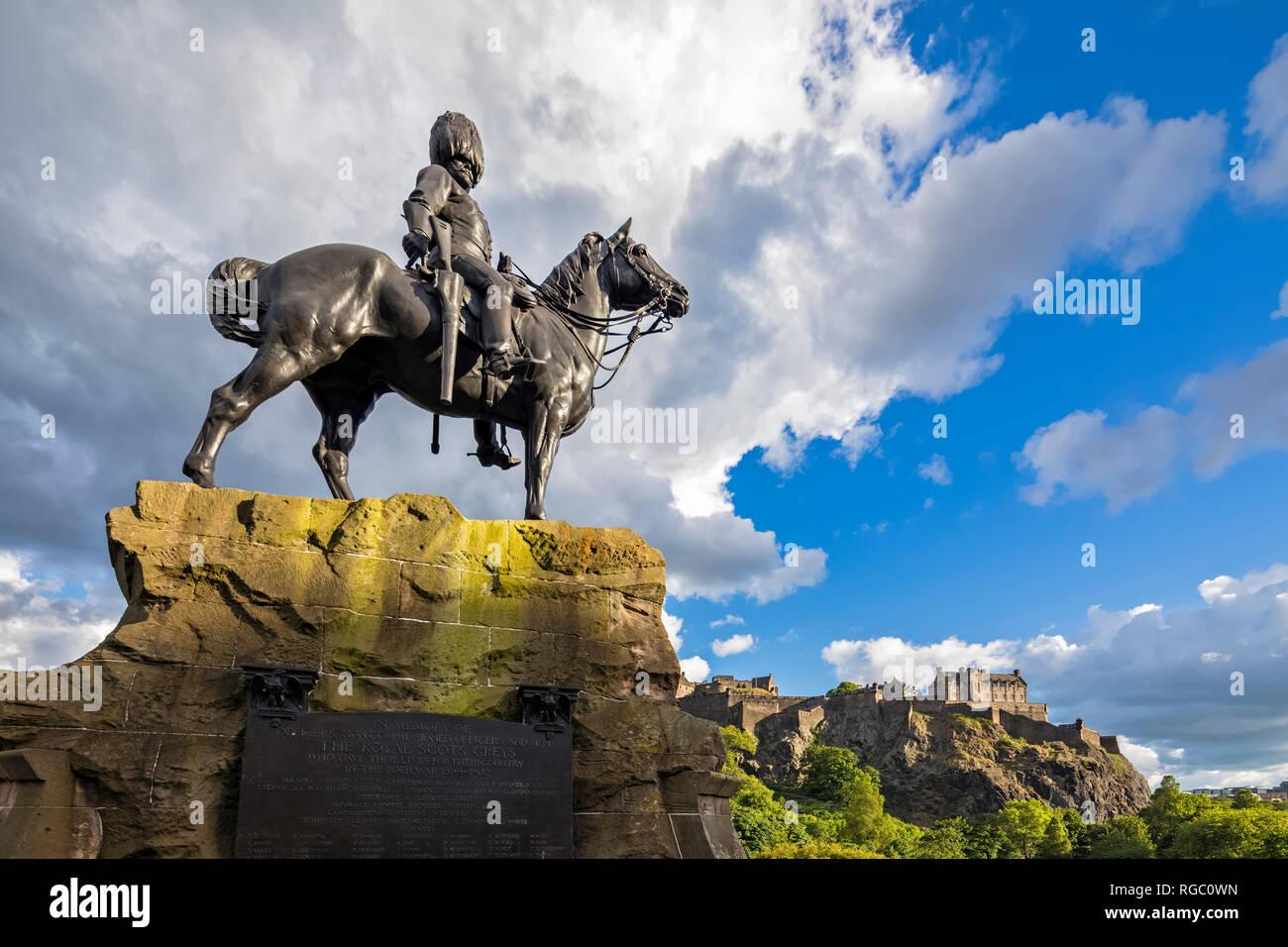 Great Britain, Scotland, Edinburgh, Castle Rock, Edinburgh Castle, Soldier monument The Royal Scot Greys - Stock Image