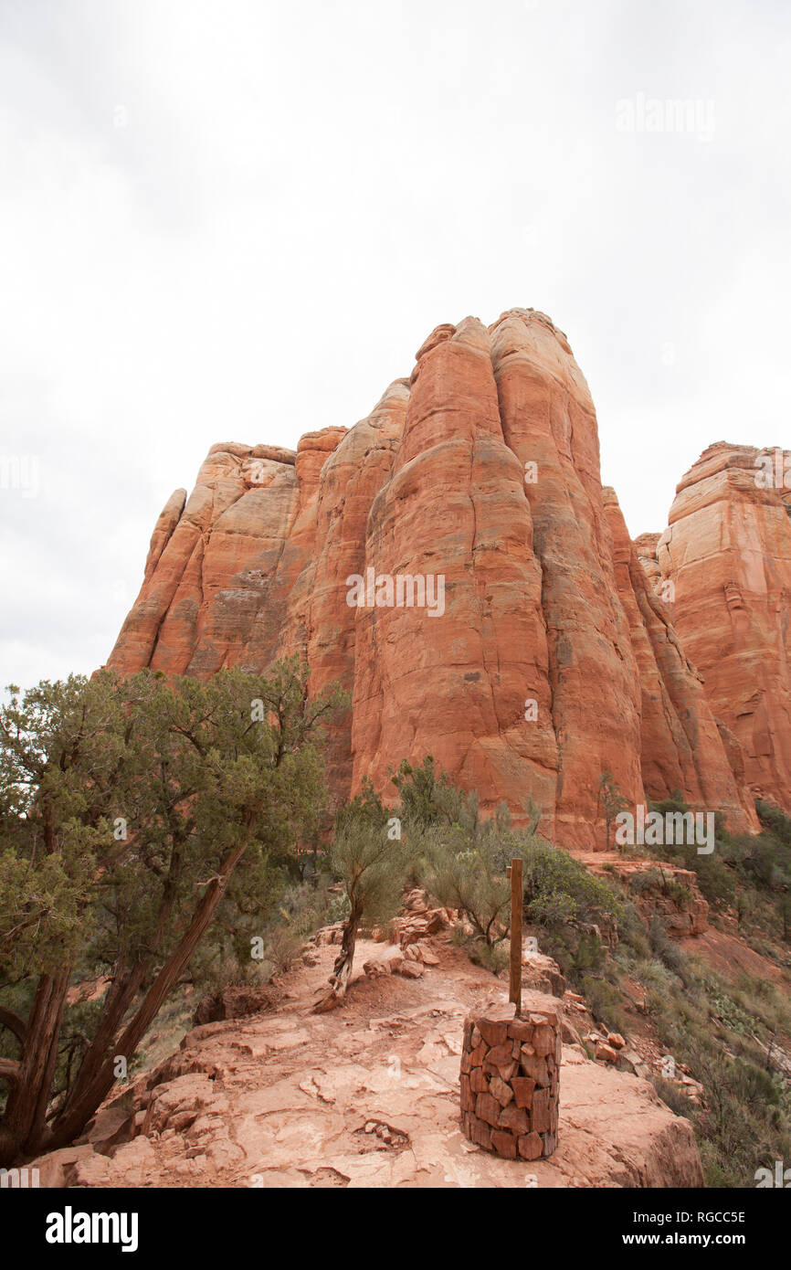 view of Cathedral Rock trail in Sedona Arizona showing steep elevation change - Stock Image