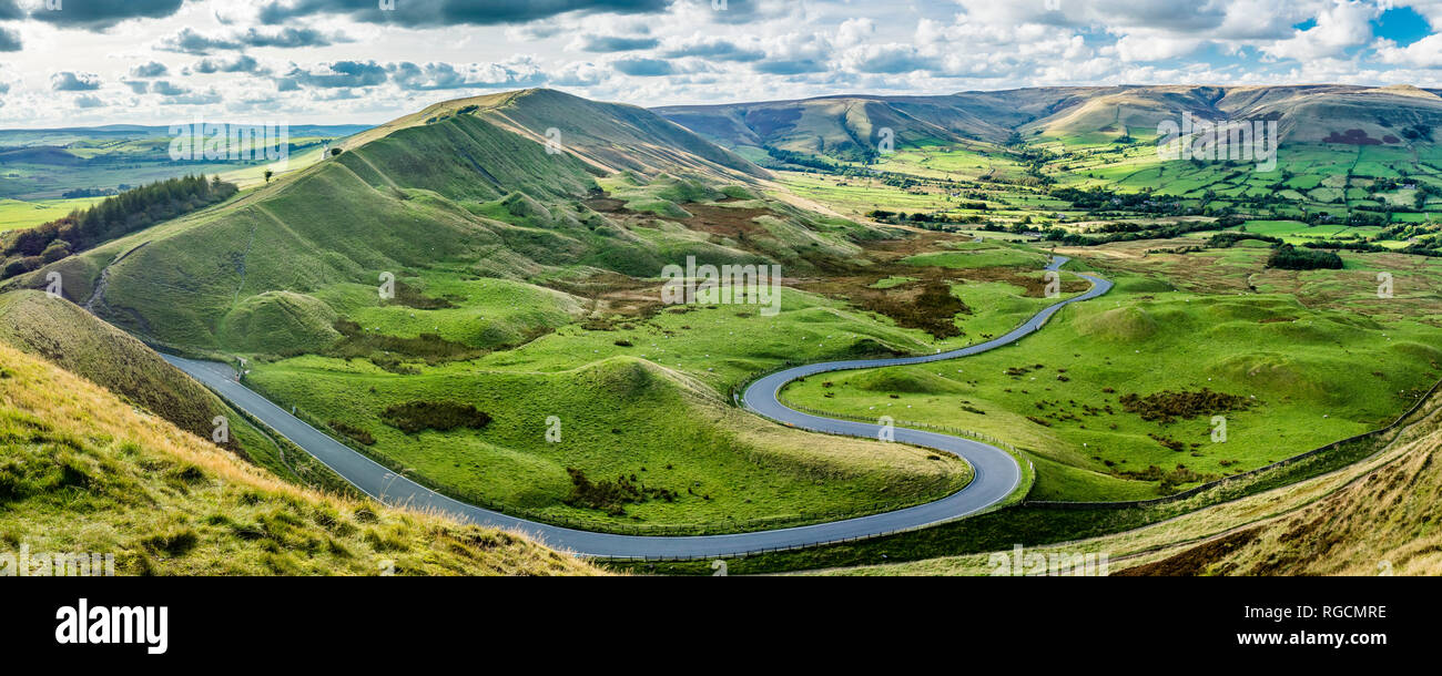 Great Britain, England, Derbyshire, Peak District, Castleton, Mam Tor Stock Photo