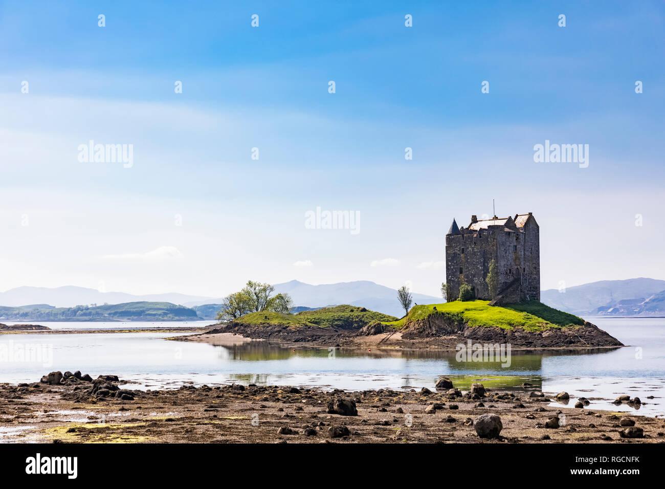 Great Britain, Scotland, Scottish Highlands, Glencoe, Castle Stalker, Loch Laich - Stock Image