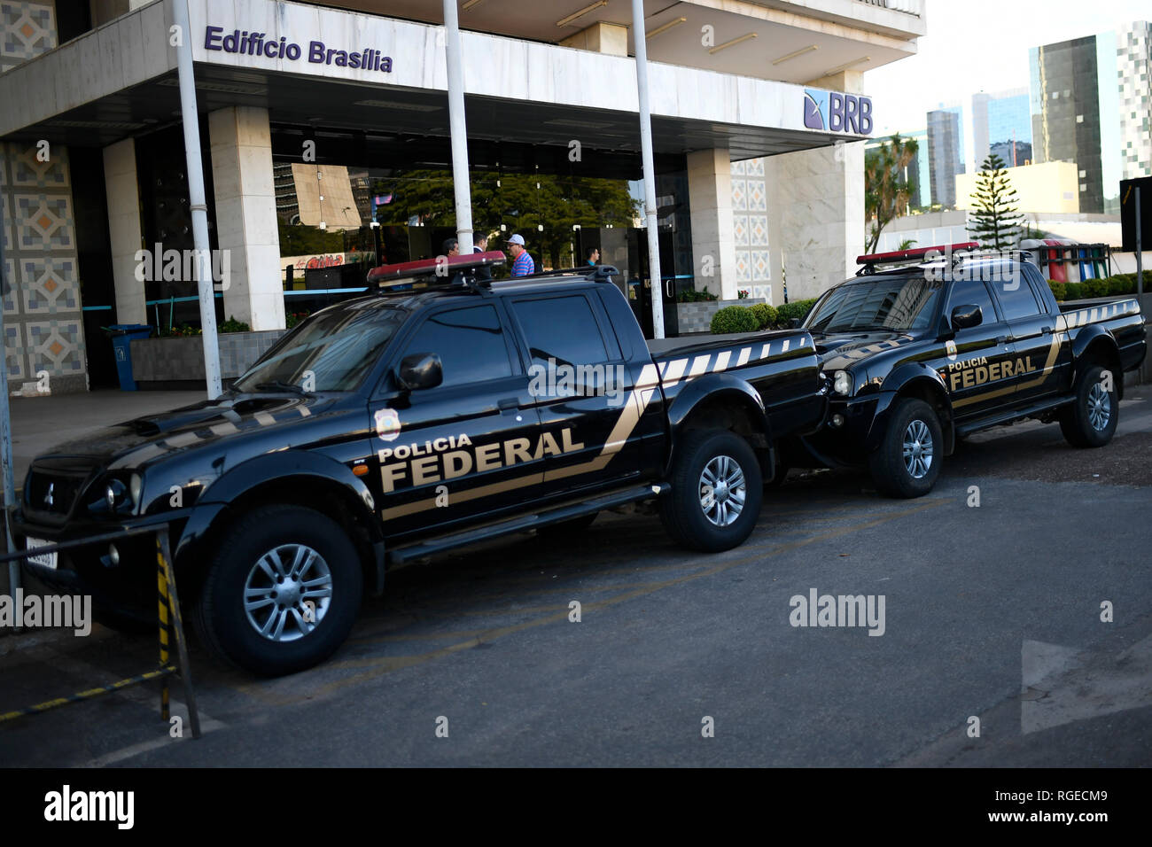 Brasilia, Brazil. 29th Jan, 2019. DF - Brasilia - 01/29/2019 - Operation PF BRB - The Federal Police holds this Tuesday, January 29, the search and seizure at the BRB headquarters, Banco de Brasilia, to investigate a suspected payment scheme for tuition fees of R $ 16, 5 million to BRB directors and former directors, Banco de Brasilia, in exchange for investments in projects such as the late Trump Hotel in Rio de Janeiro, now known as LSH Lifestyle. Photo: Mateus Bonomi/AGIF Credit: AGIF/Alamy Live News - Stock Image