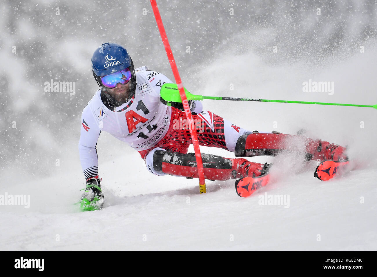 Marco SCHWARZ (AUT), action, individual action, single image, cut out, full body shot, whole figure. Alpine skiing, race, 79. Hahnenkamm race 2019, men's slalom, men, Kitzbuehel, Hahnenkamm, 26.01.2019. | usage worldwide Stock Photo