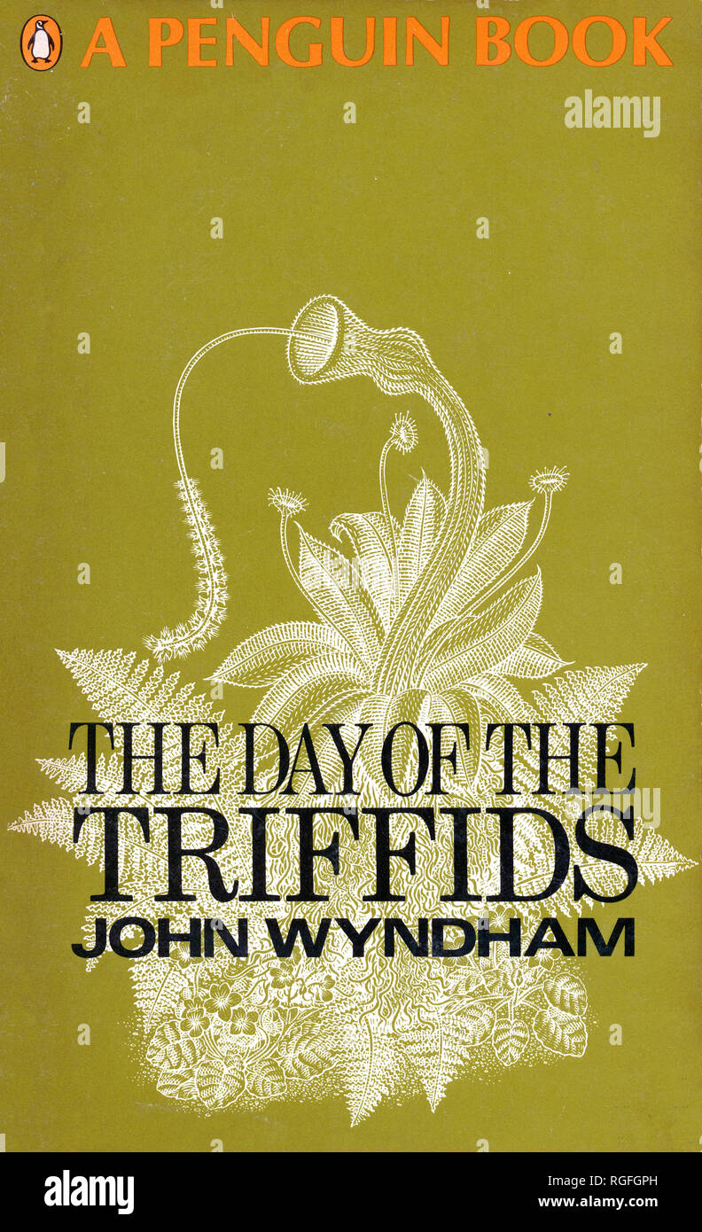 THE DAY OF THE TRIFFIDS - A Science Fiction Novel by John Wyndham. Cover of 1968 Penguin edition. - Stock Image