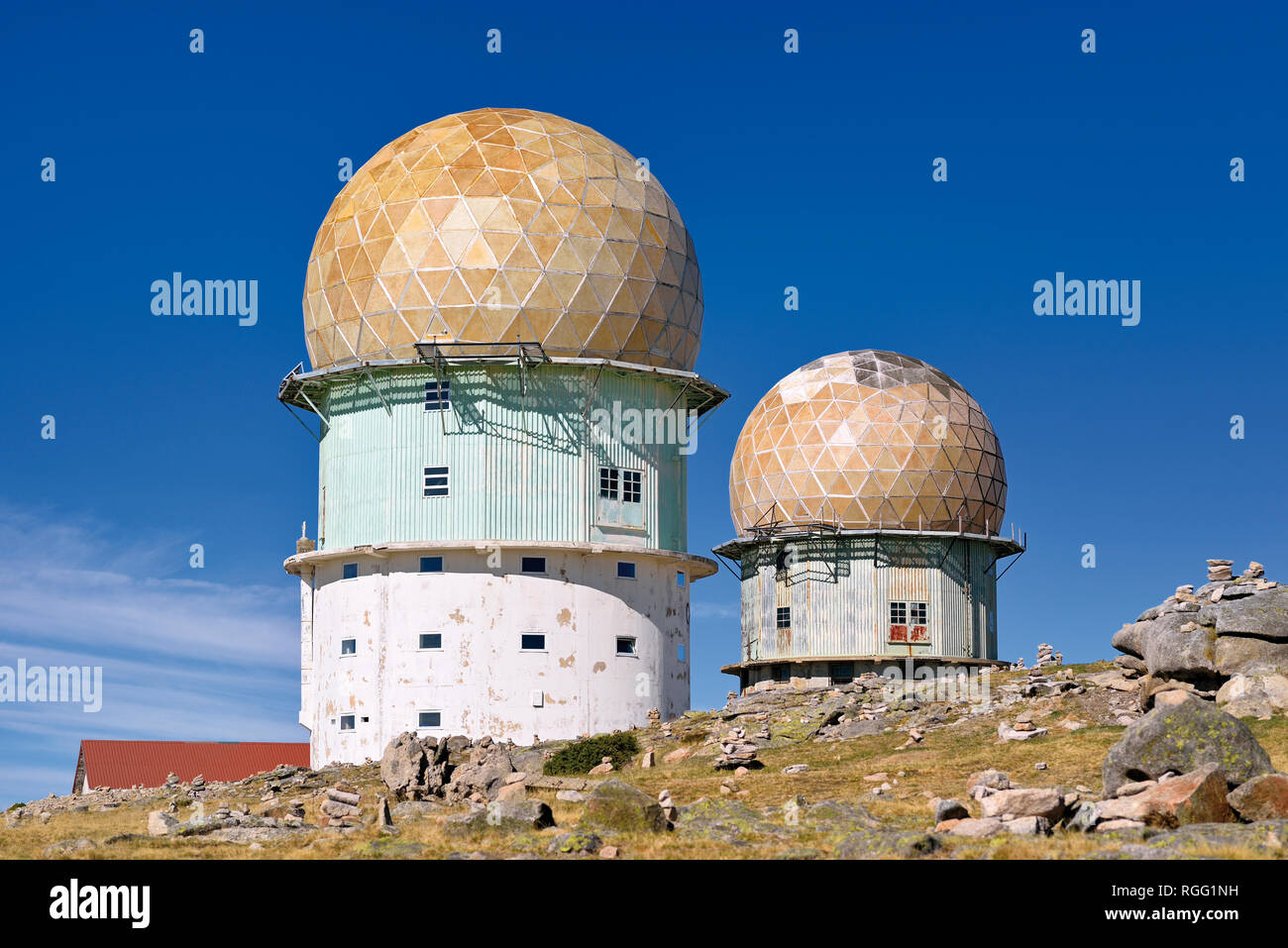 Transmitting towers with golden cupola - Stock Image