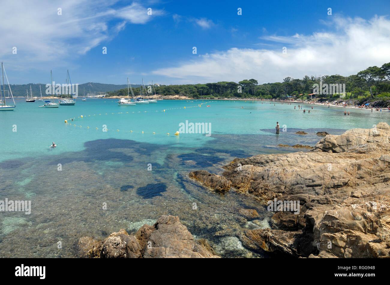 Turquoise Waters at Plage d'Argent Île de Porquerolles or Porquerolles Island, Île d'Hyères, Var, Côte-d'Azur, Provence, France - Stock Image