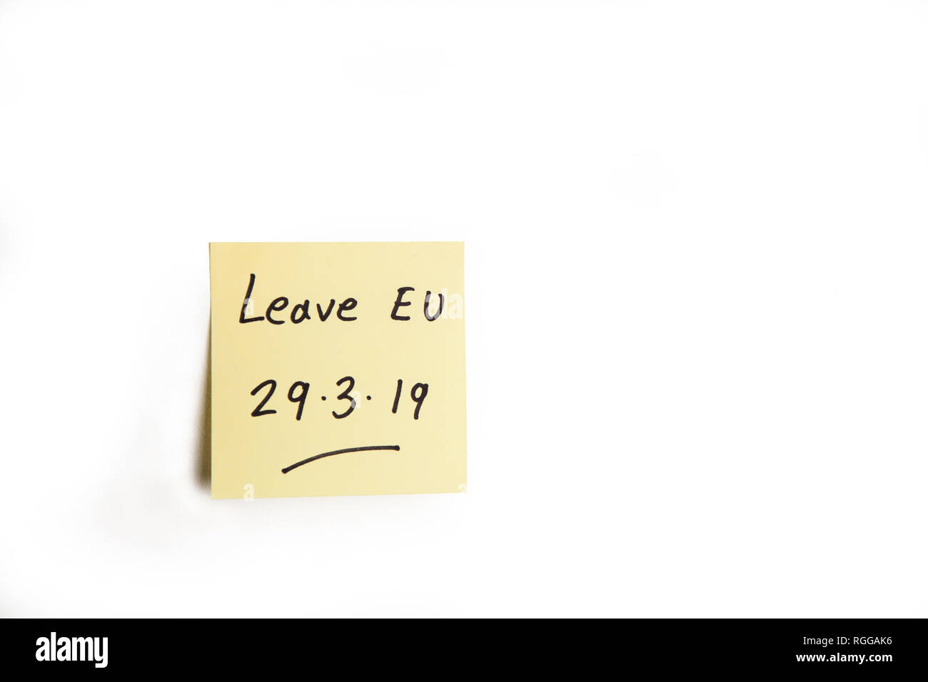 Yellow sticky note reminding UK to Leave the EU on 29th March 2019 - Stock Image