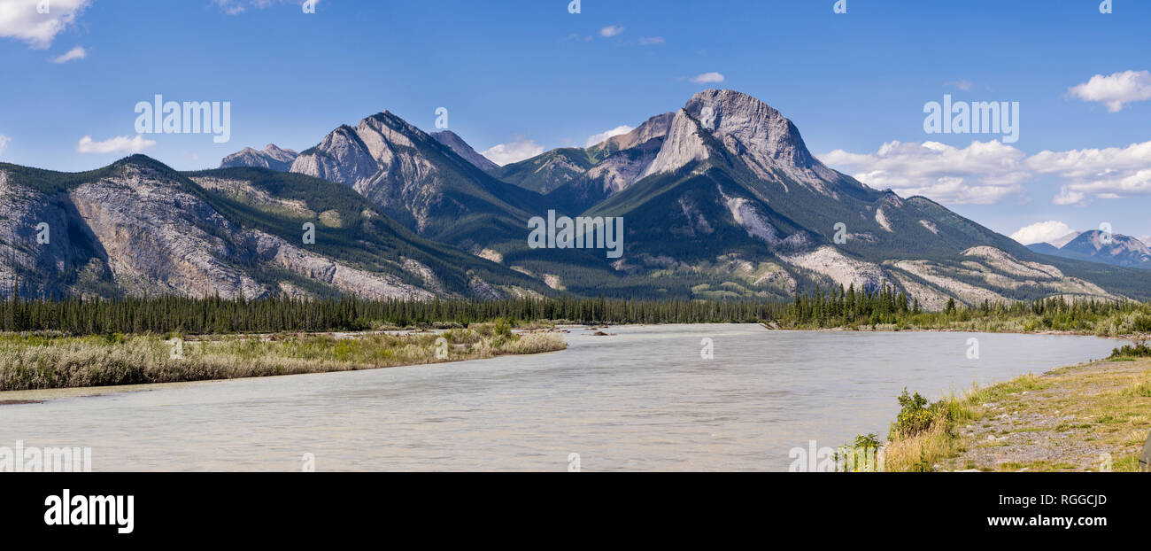 Entrance to Jasper National Park: Boule Roche with a wide sweep of the Athabasca River in the foreground. - Stock Image
