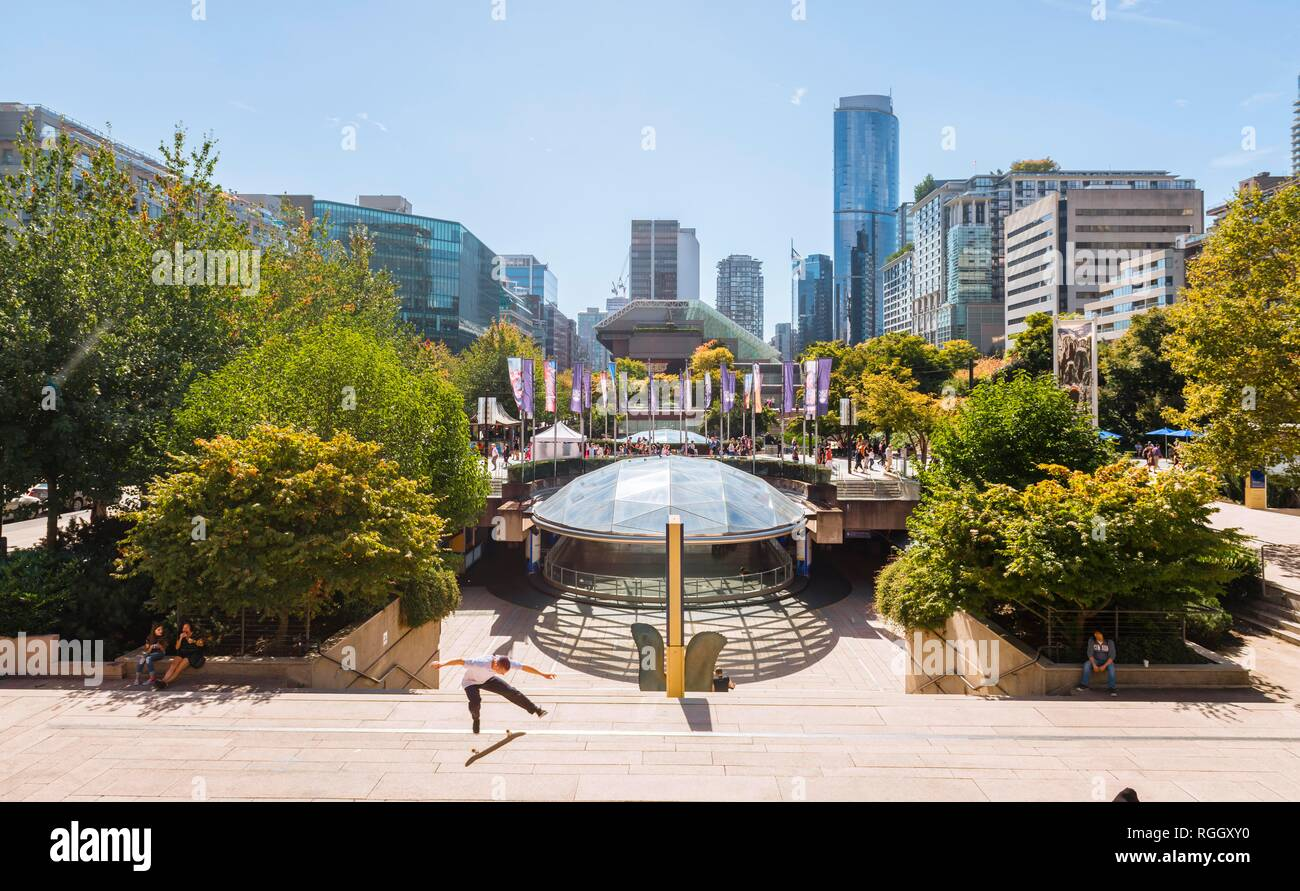 Robson Square, downtown, West End, Vancouver, British Columbia, Canada - Stock Image