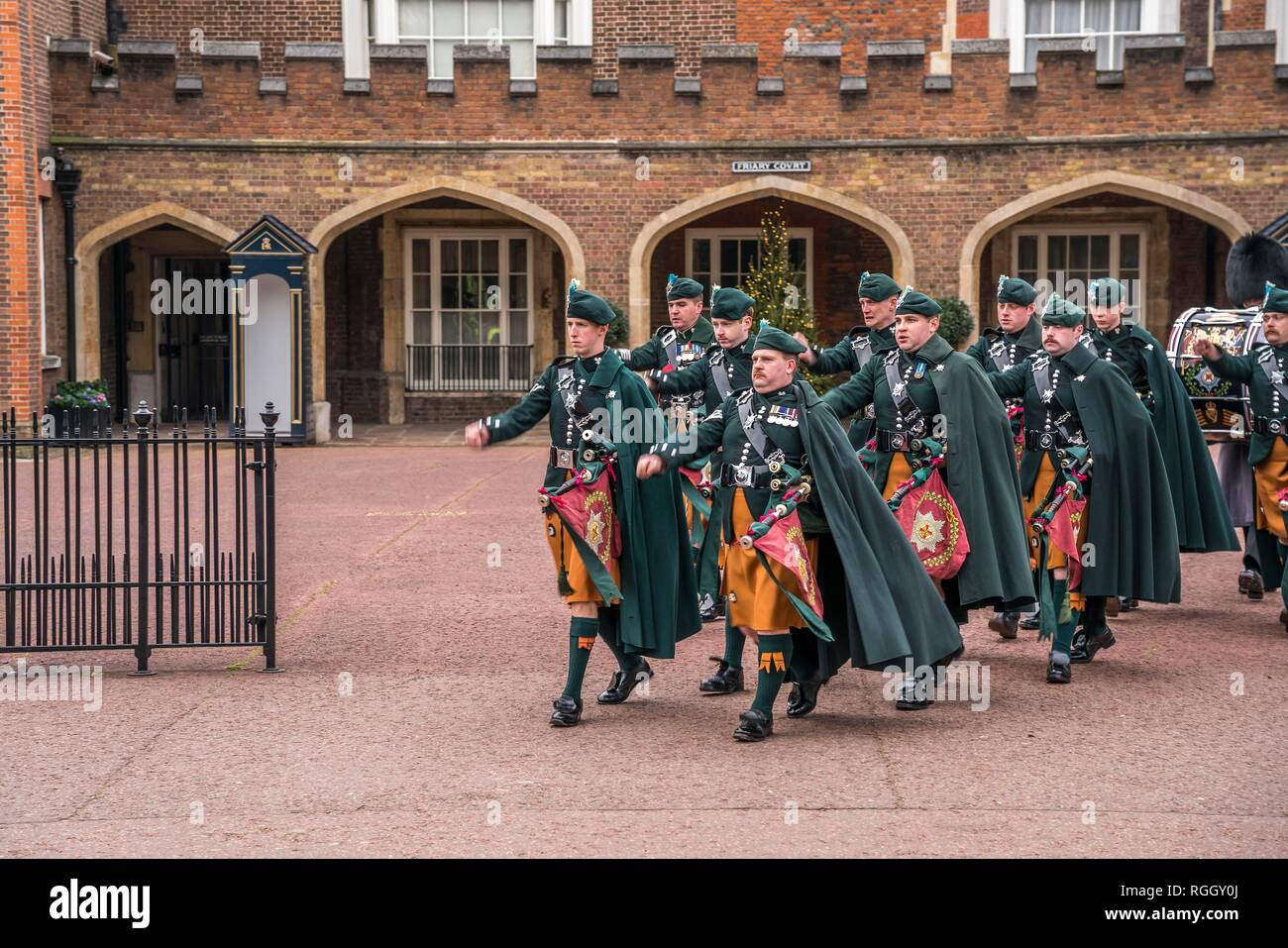 Scots Guards at the changing of the guard Changing the Guard, Friary Court, St James's Palace, London, Great Britain - Stock Image