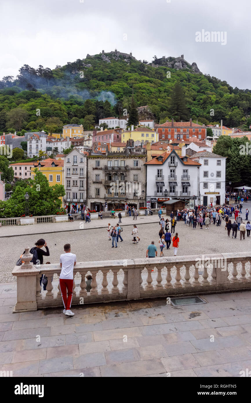 Tourists at the central square of São Martinho in Sintra, Portugal - Stock Image