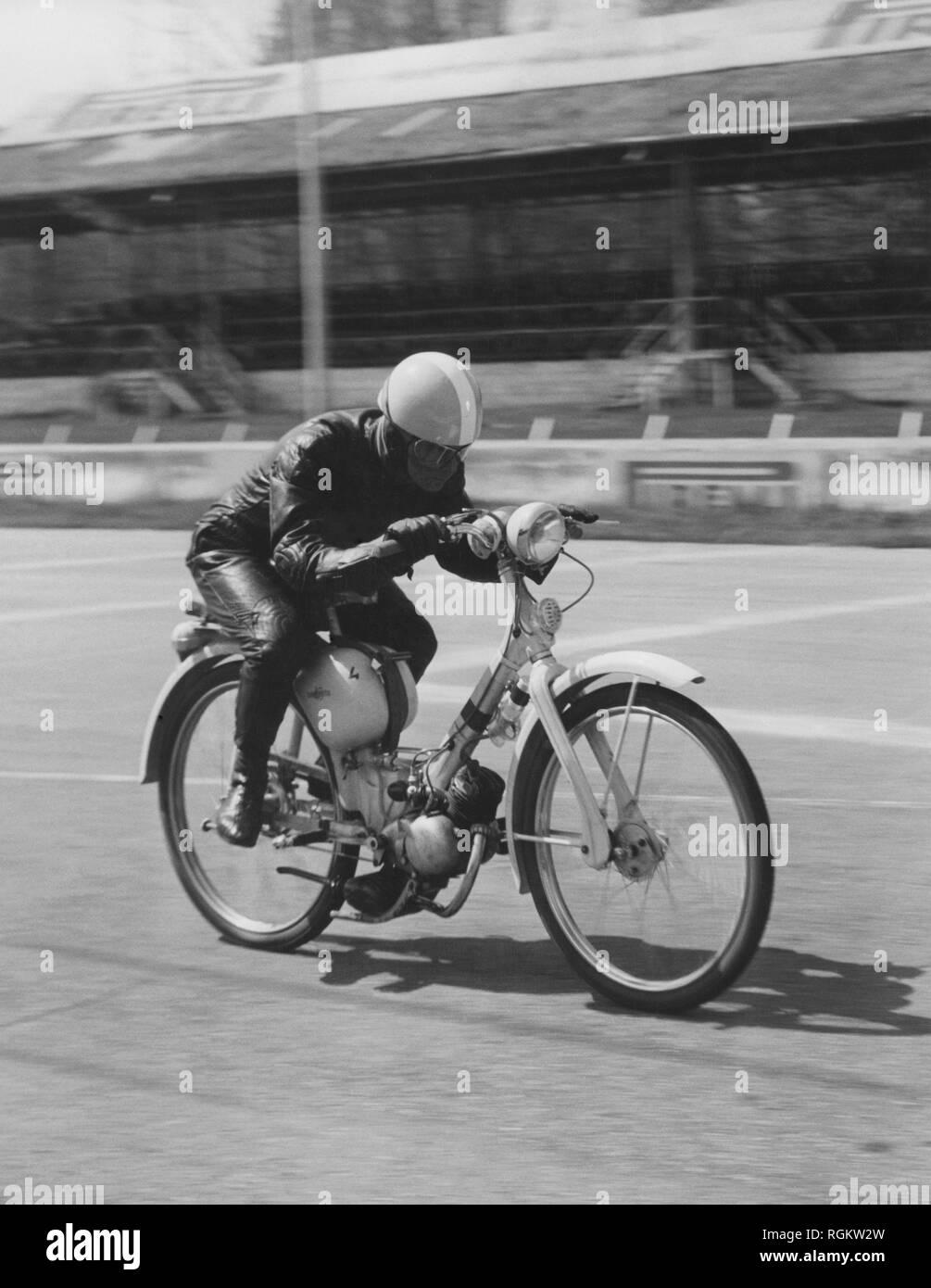 lambretta 48 cc, 100 hours test, 1957 Stock Photo