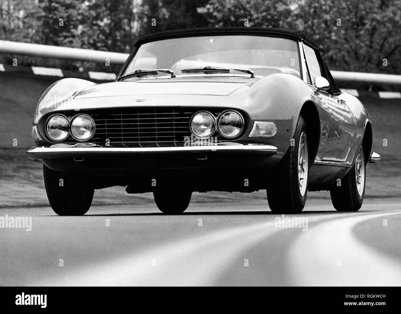 Fiat Dino Sports High Resolution Stock Photography And Images Alamy