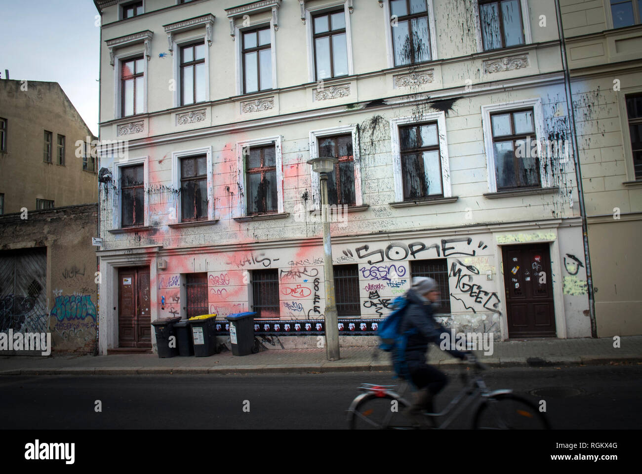 The House of the Identitarian Movement, Halle (Saale) is a center and residential project of the right-wing identity movement in Adam-Kuckhoff-Straße, - Stock Image