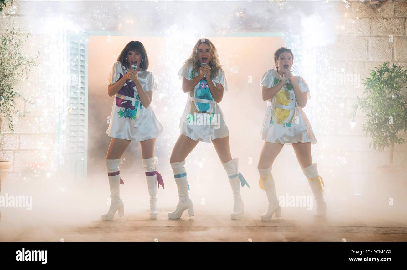 Alexa Davies Lily James Jessica Keenan Wynn Mamma Mia Here We Go Again 2018 Stock Photo Alamy