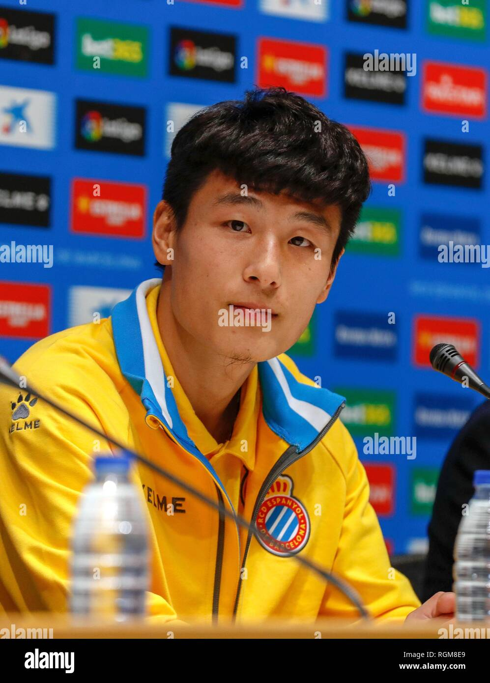 (190130) -- MADRID, Jan. 30, 2019 (Xinhua) -- Wu Lei attends his first press conference held by RCD Espanyol in Barcelona, Spain, Jan. 29, 2019. Spanish Liga Santander club, Espanyol presented the new coming Chinese striker Wu Lei to the fans and press on Tuesday. (Xinhua/Joan Gosa) - Stock Image