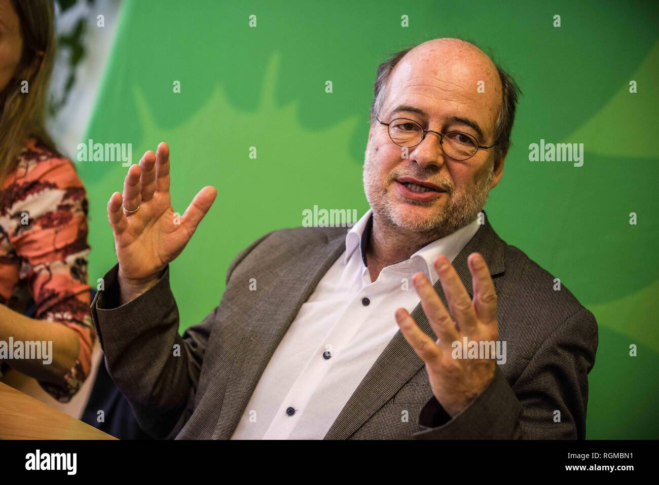 Munich, Bavaria, Germany. 30th Jan, 2019. EIKE HALLITZKY Landesvorsitzende of the Green Party. The Bavarian Green Party presented Henrike Hahn, their European ParliamentSpitzenkandidat for the upcoming European elections (Europawahl). Hahn is a trained technologist and has lived previously in Detroit and Paris. Her strategies are based on ecological and social criteria and fighting against populism and right extremism. The Greens see the European Union as the greatest peace project of our time, thus they have positioned themselves against authoritarianism, populism, xenophobia, and anti - Stock Image