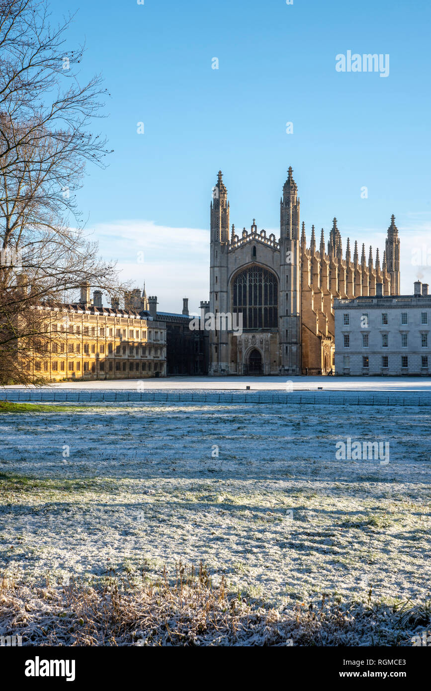Cambridge, UK. 30th Jan, 2019. King's College, Cambridge after overnight snow, Cambridge, UK. 30th Jan, 2019. UK Weather Credit: Alan Copson City Pictures/Alamy Live News Stock Photo
